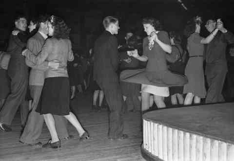 Jive steps 1945
